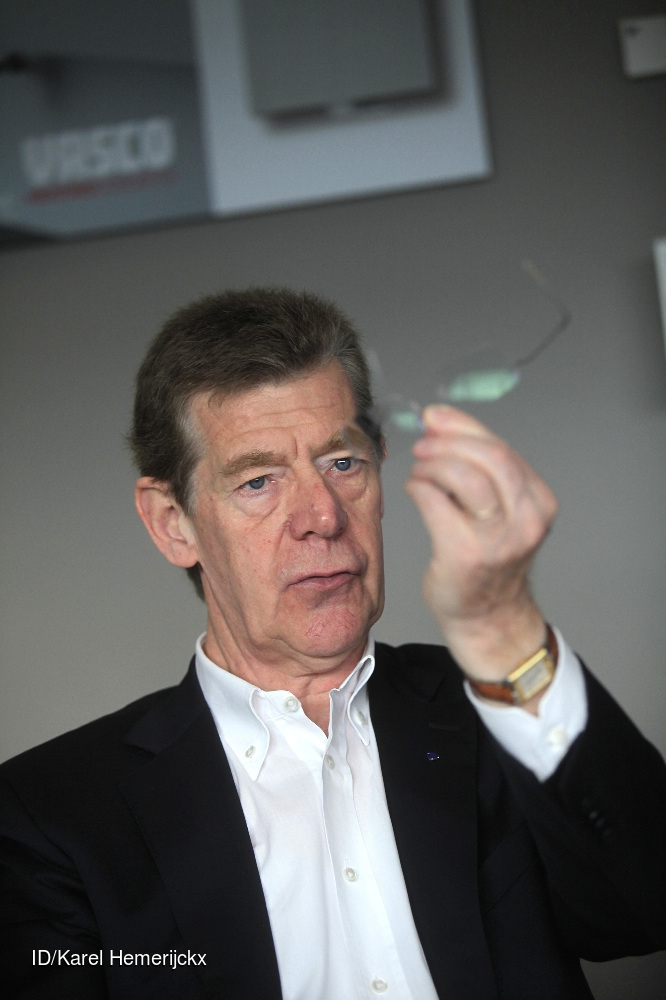 ex--voorzitters racing genk  Edgard Troonbeeckx en Jos Vaessen werden allebei kampioen met Genk. 354000  CREDIT: Imagedesk / Karel Hemerijckx
